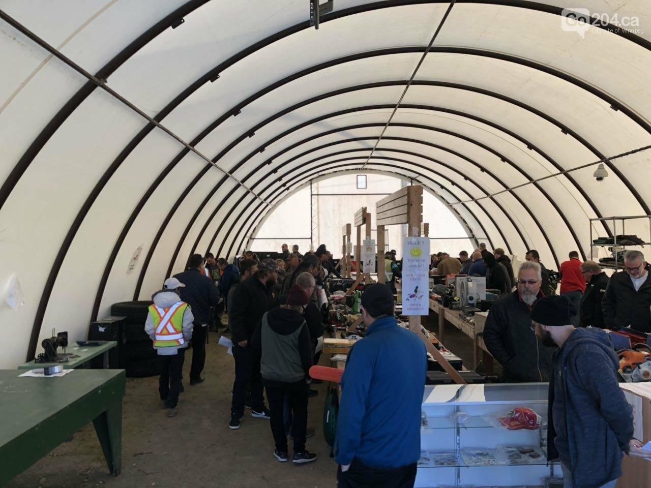 Winnipeg Police Service Unclaimed Goods Auction, photo-1