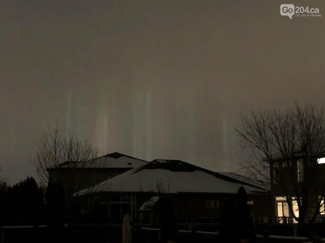 Winnipeggers witnessed light pillars phenomenon, photo-2