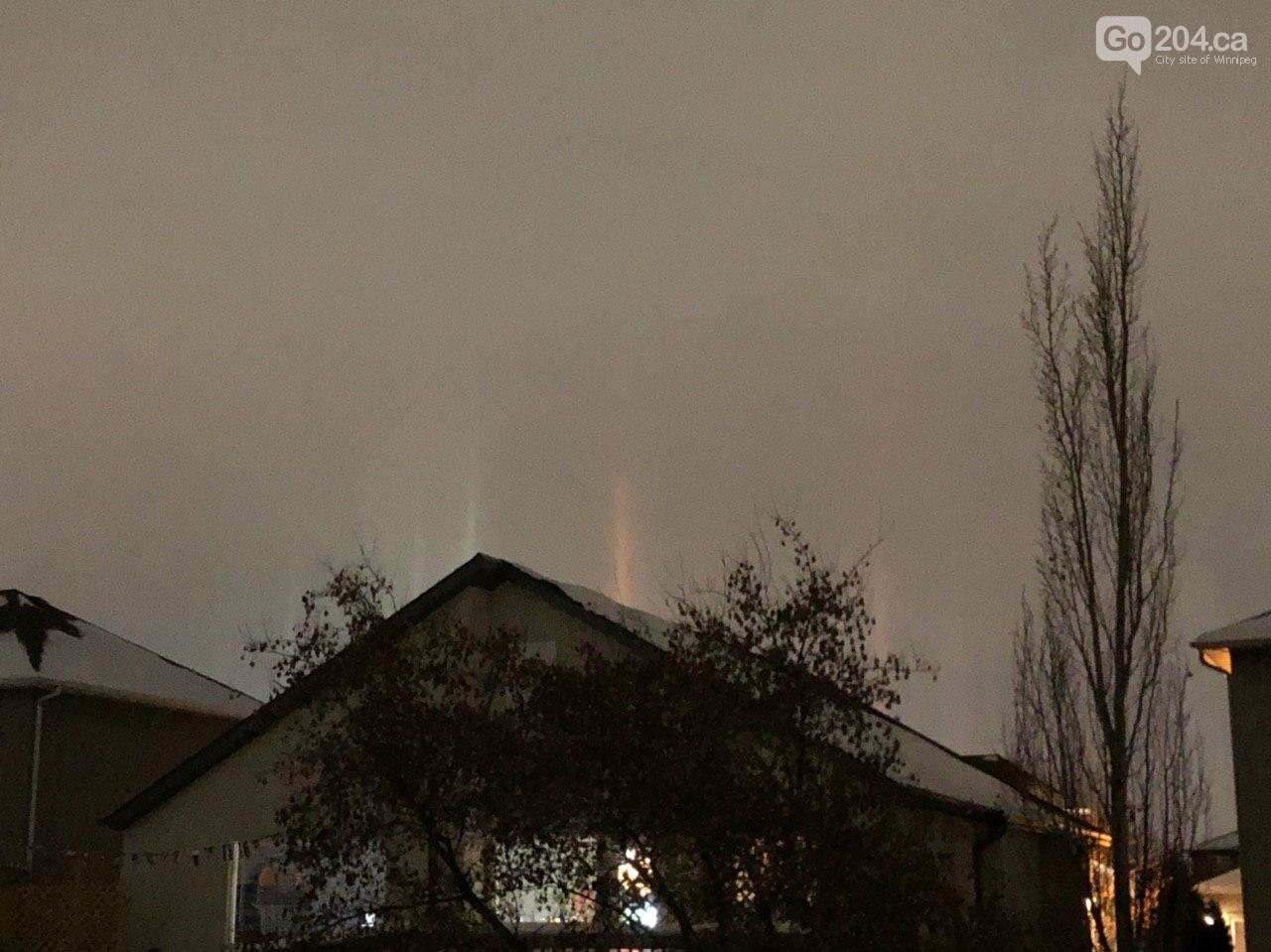Winnipeggers witnessed light pillars phenomenon, photo-3