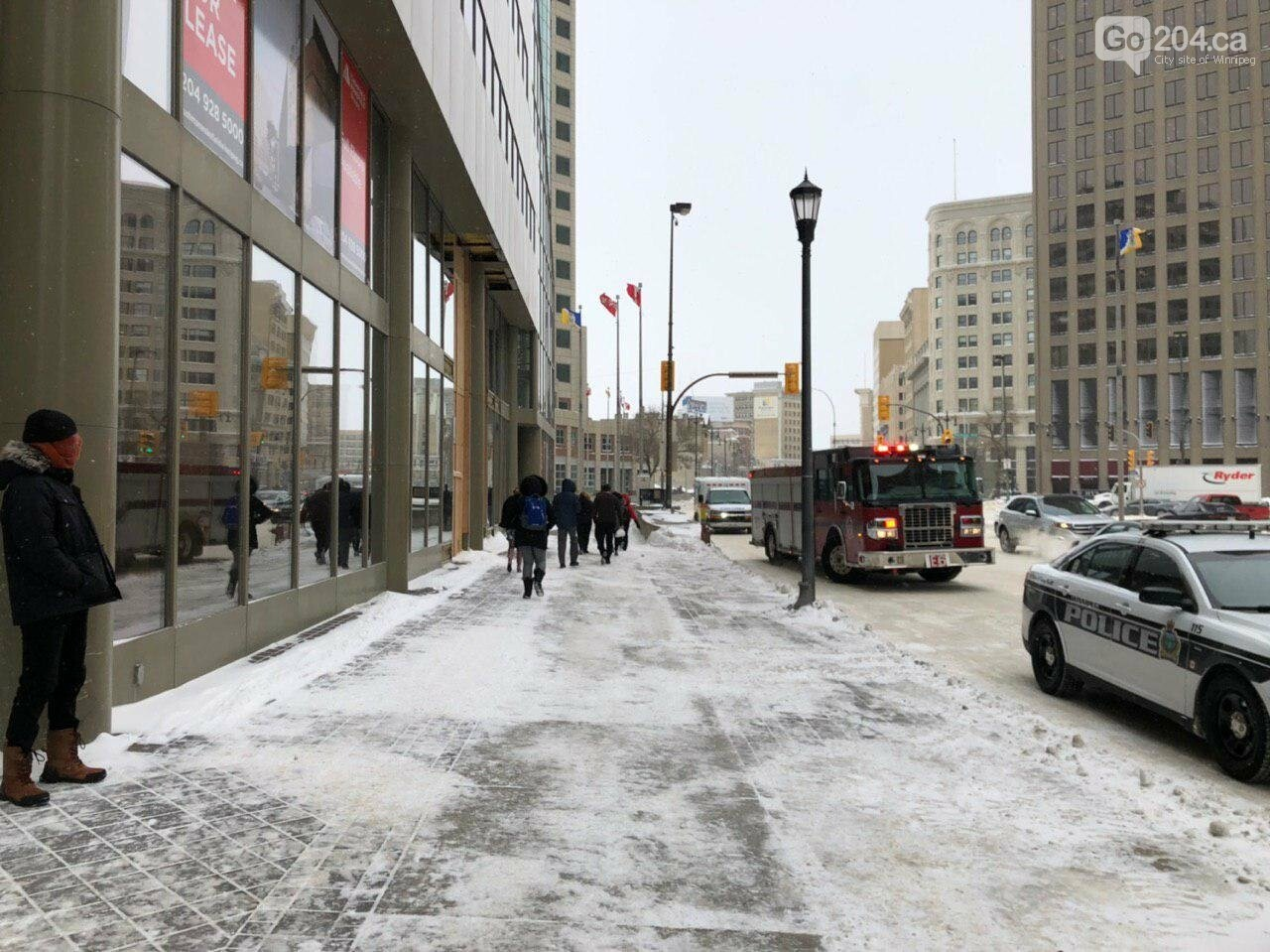 Gas leaking occurred on 360 Main St, Winnipeg, photo-1