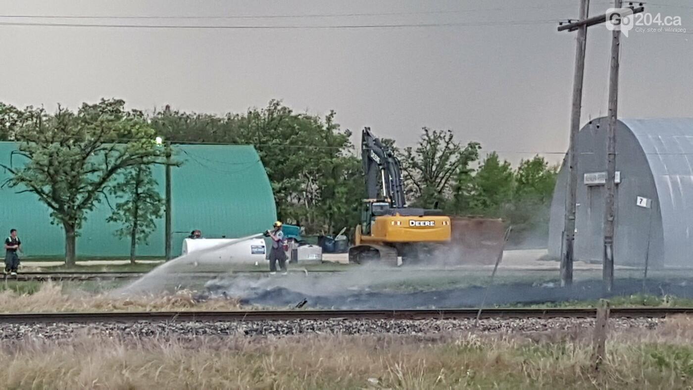Lightning strike halted  the train traffic, photo-6