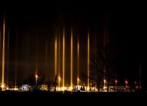 A rare natural anomaly was observed in Winnipeg - light poles, photo-3