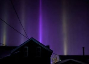 A rare natural anomaly was observed in Winnipeg - light poles, photo-4